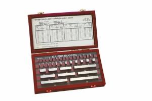 Základní ocelové měrky KINEX, 122ks, tř. přesnosti 0, DIN861